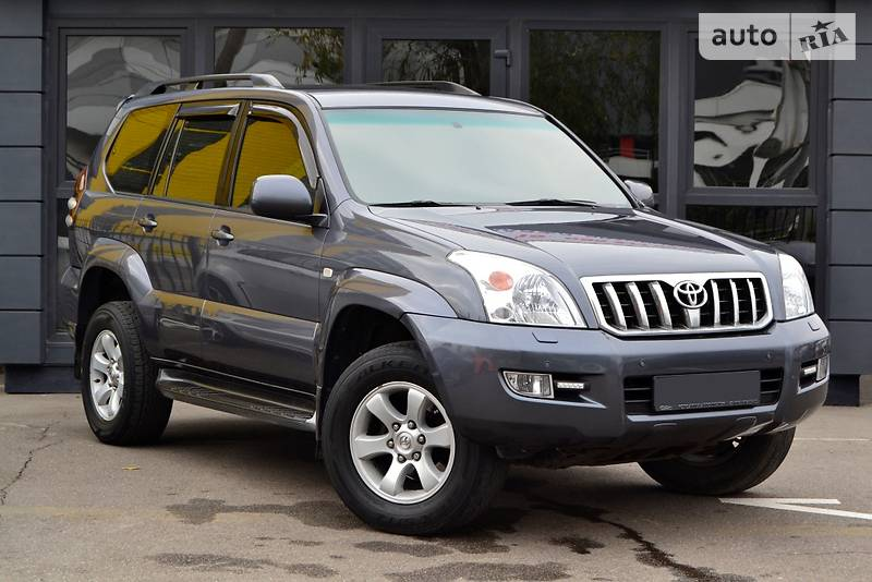 Toyota Land Cruiser Prado 2005 року