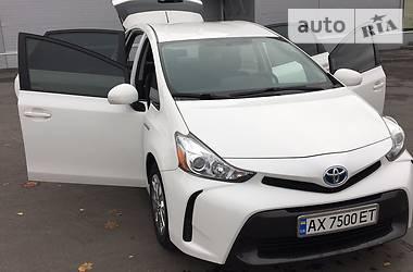 Toyota Prius  Verso 2015