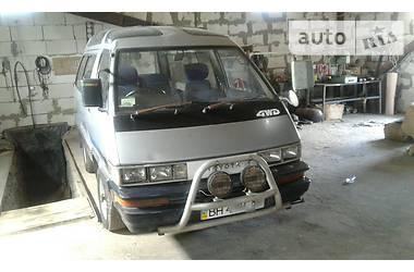Toyota Town Ace hilu surv 1991