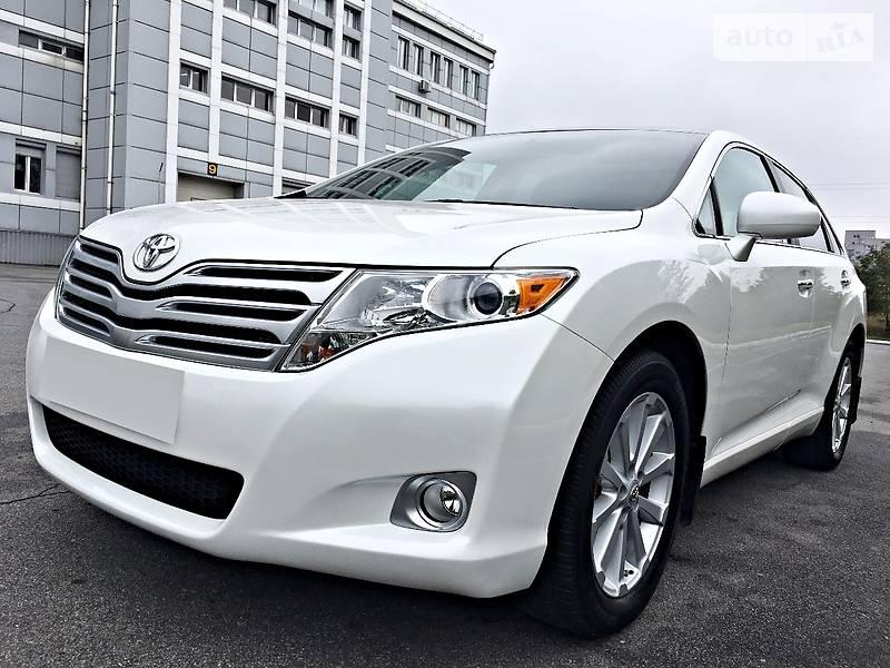 Toyota Venza 2011 року