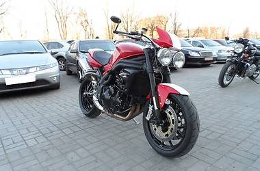 Triumph Speed Triple SE 2011