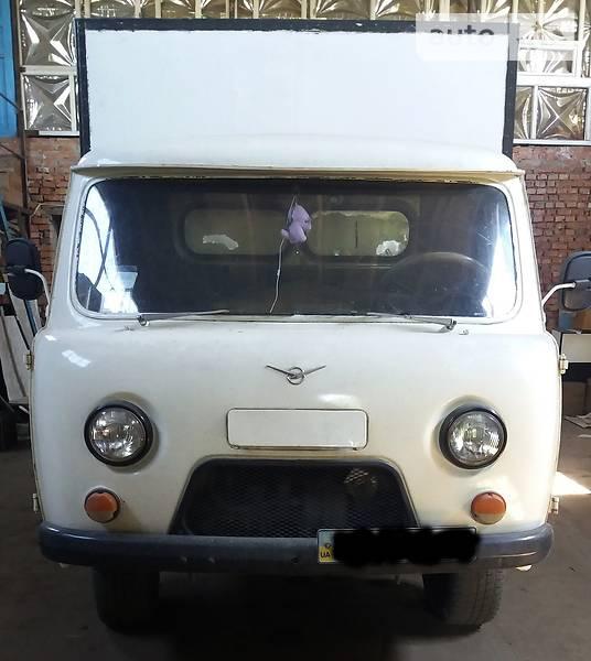 УАЗ 3303 1995 года