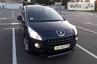 Характеристики Peugeot 3008 Унiверсал