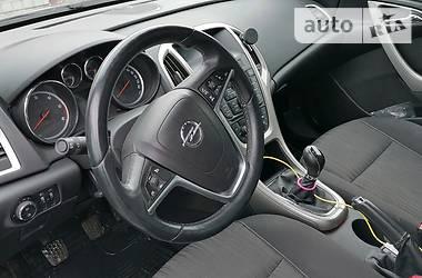 Характеристики Opel Astra J Универсал