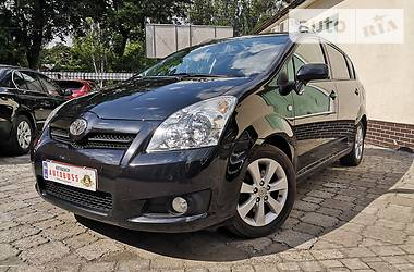 Характеристики Toyota Corolla Verso Универсал