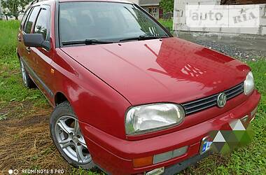 Характеристики Volkswagen Golf III Универсал