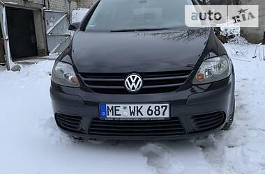 Характеристики Volkswagen Golf Plus Универсал