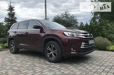 Характеристики Toyota Highlander Универсал