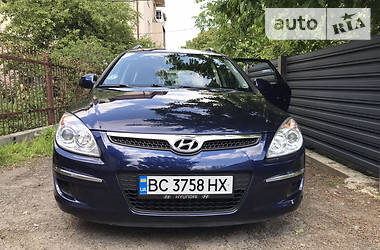 Характеристики Hyundai i30 Универсал