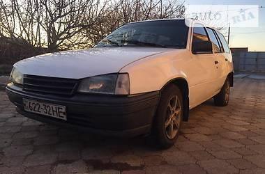 Характеристики Opel Kadett Универсал