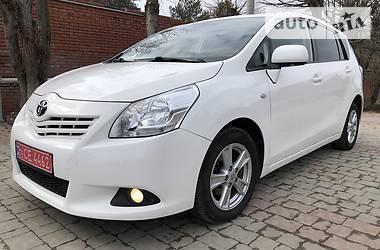 Характеристики Toyota Verso Унiверсал