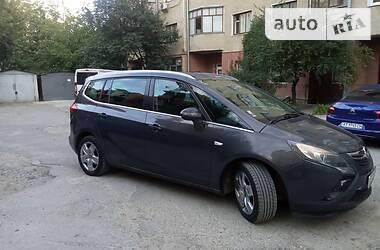 Характеристики Opel Zafira Tourer Универсал