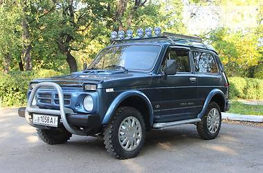 ВАЗ 2121  2000