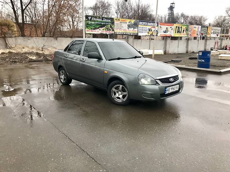 Lada (ВАЗ) 2170 2012 року
