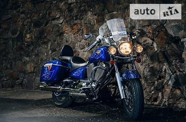 Victory Motorcycles Touring Cruiser 2004