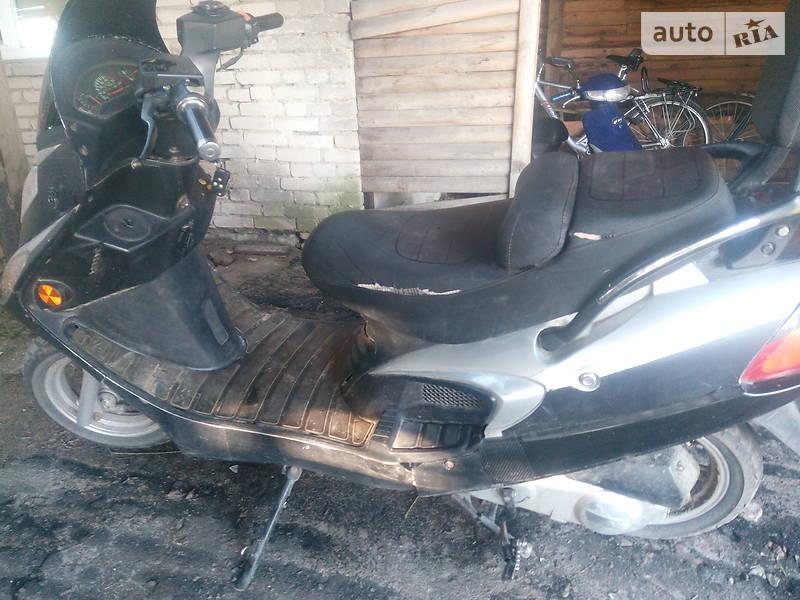 Макси-скутер Viper F50