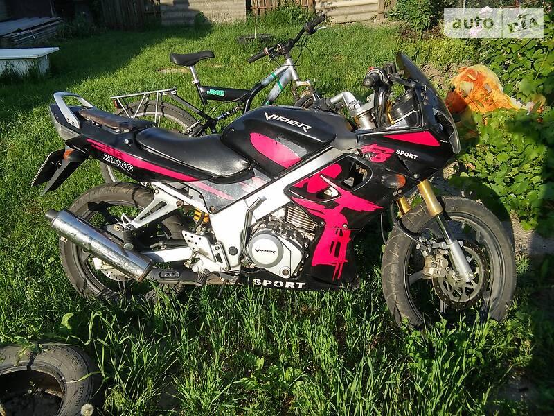 Мотоцикл Спорт-туризм Viper F5