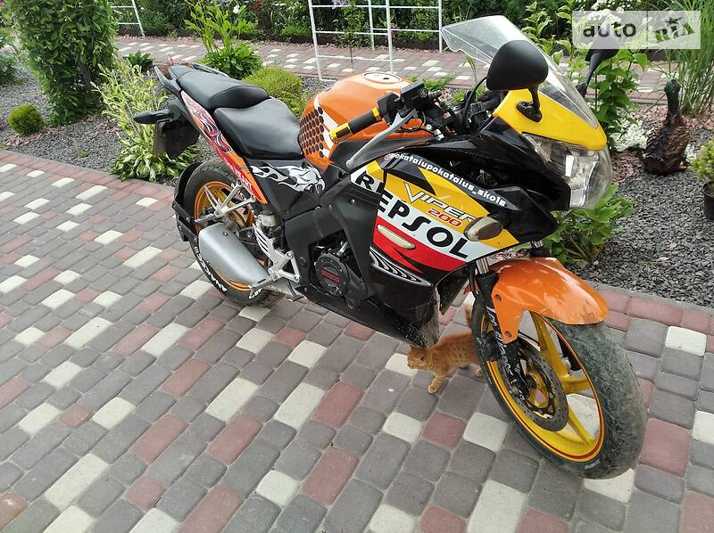 Мотоцикл Спорт-туризм Viper V 200CR