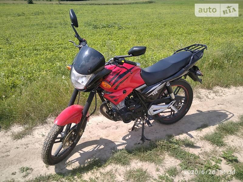 Мотоцикл Спорт-туризм Viper V150A