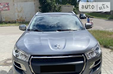 Характеристики Peugeot 4008 Внедорожник / Кроссовер