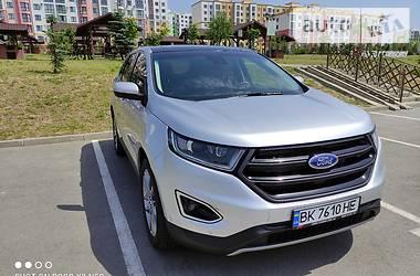 Характеристики Ford Edge Позашляховик / Кросовер