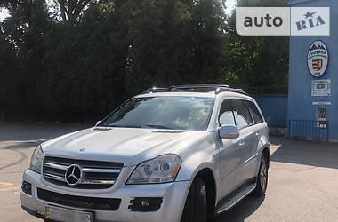 Характеристики Mercedes-Benz GL 450 Внедорожник / Кроссовер
