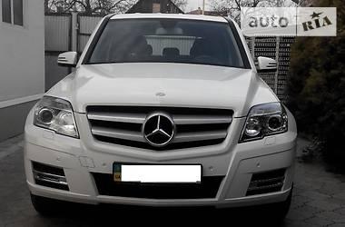 Характеристики Mercedes-Benz GLK 220 Позашляховик / Кросовер