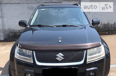 Характеристики Suzuki Grand Vitara Внедорожник / Кроссовер