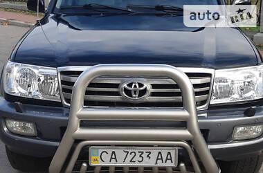 Характеристики Toyota Land Cruiser 100 Внедорожник / Кроссовер