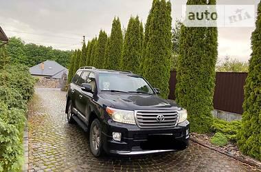 Характеристики Toyota Land Cruiser 200 Внедорожник / Кроссовер