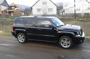 Характеристики Jeep Patriot Позашляховик / Кроссовер