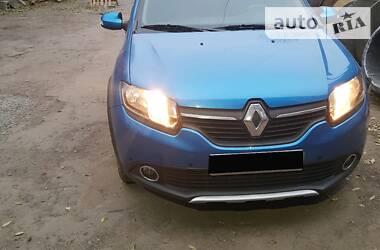 Характеристики Renault Sandero Позашляховик / Кросовер