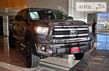 Характеристики Toyota Tundra Внедорожник / Кроссовер