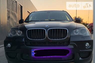 Характеристики BMW X5 M Внедорожник / Кроссовер