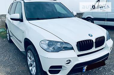 Характеристики BMW X5 Позашляховик / Кросовер