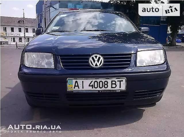 Volkswagen Bora 2000 року