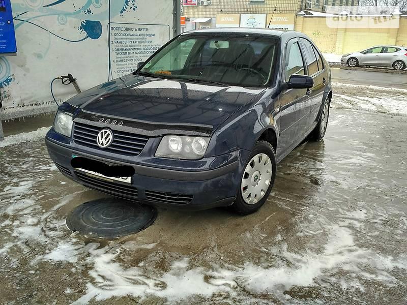 Volkswagen Bora 2001 року