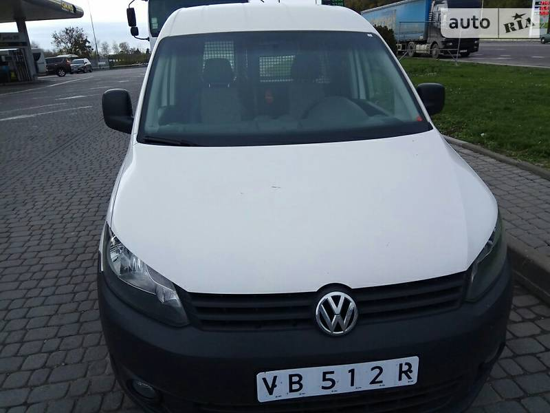 Volkswagen Caddy 2013 года