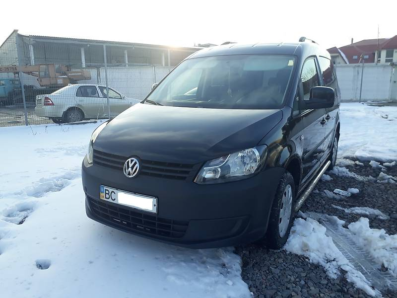 Volkswagen Caddy 2012 года
