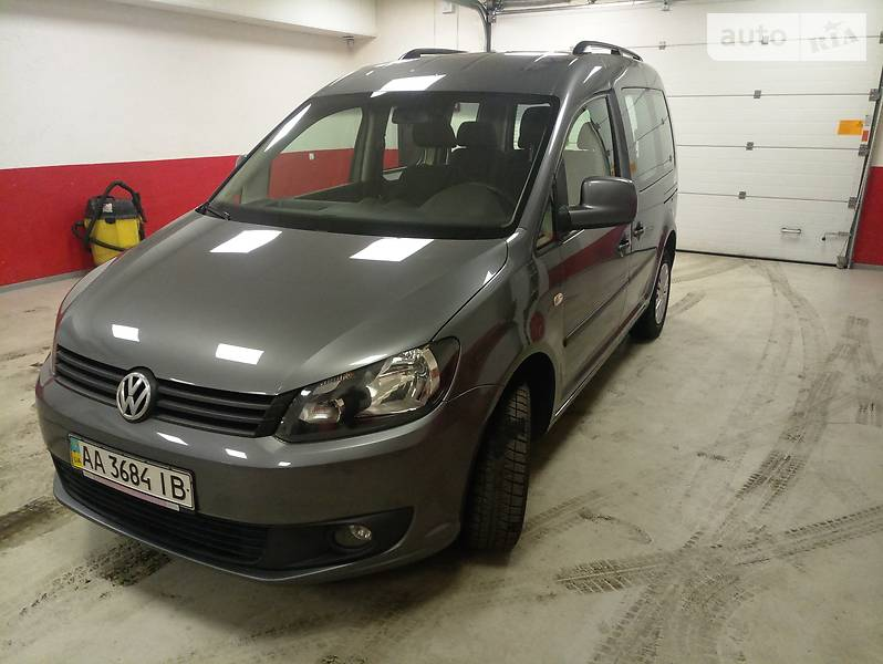 Volkswagen Caddy 2014 года