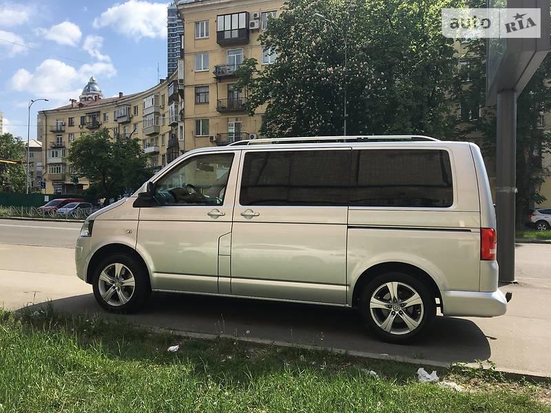 Универсал Volkswagen Caravelle