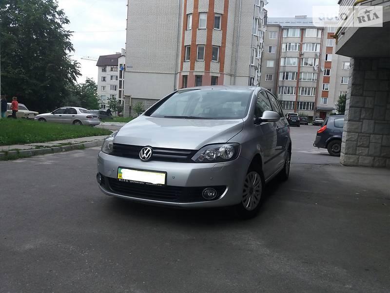 Седан Volkswagen Golf Plus