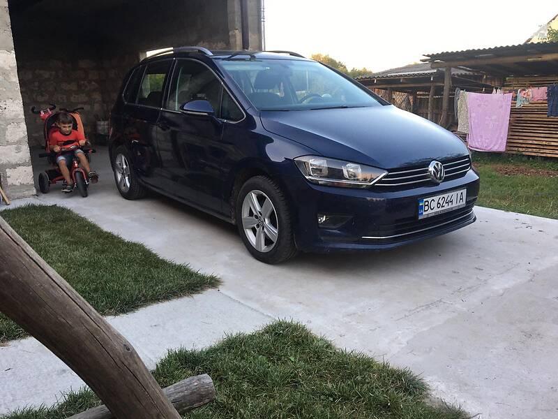 Универсал Volkswagen Golf Sportsvan