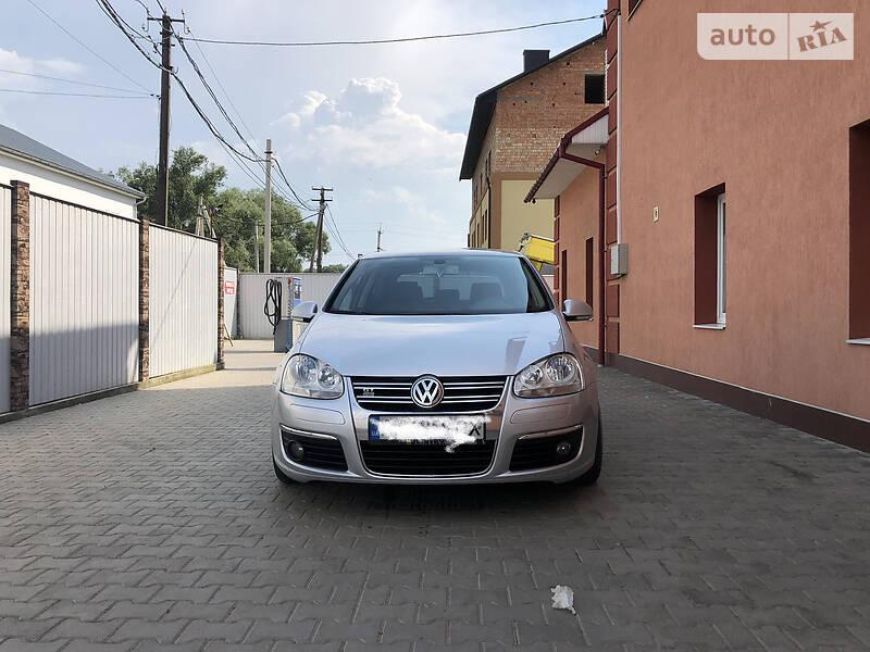 Купе Volkswagen Golf V