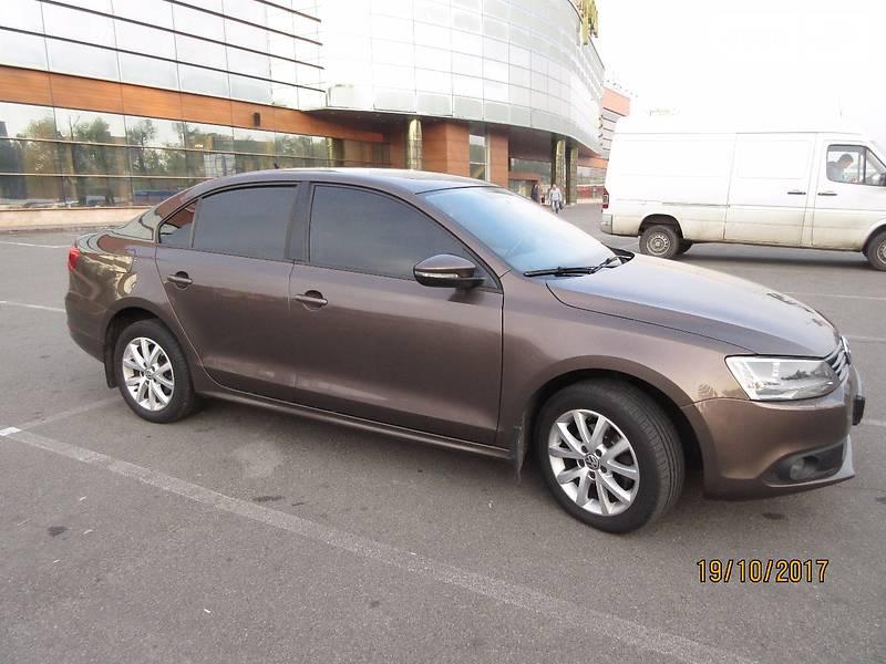 Volkswagen Jetta 2011 року