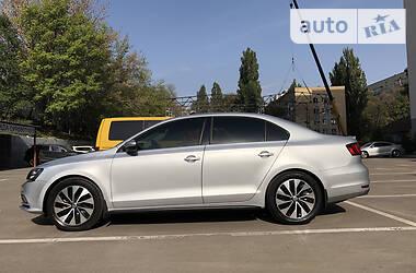Volkswagen Jetta 1.4 TSI HYBRID SEL 2016