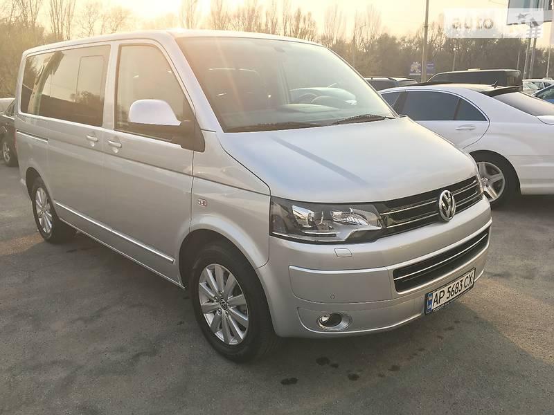 Volkswagen Multivan 2012 року