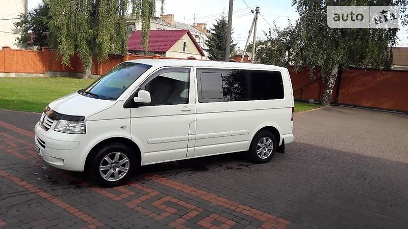 Volkswagen Multivan 2005 года