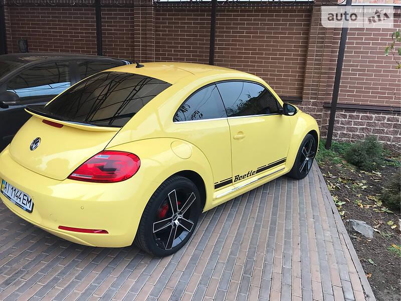 Купе Volkswagen New Beetle