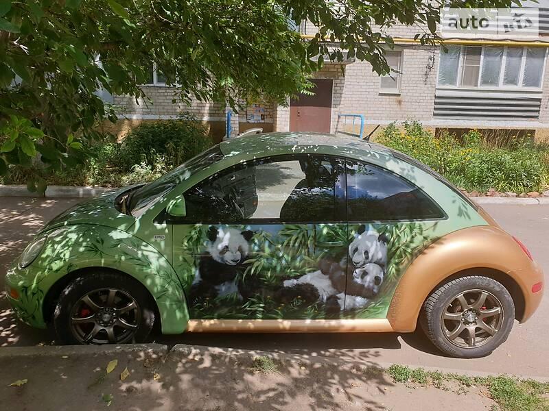 Седан Volkswagen New Beetle